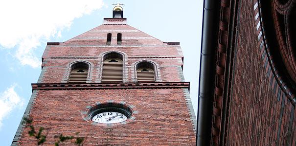 Kaiser-Friedrich-Kirche in Potsdam-Golm - Foto: Helge May