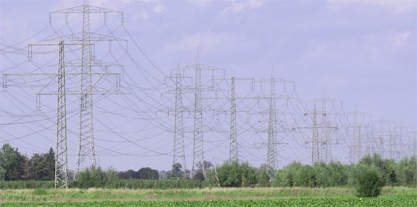Stromleitungen - Foto: Helge May